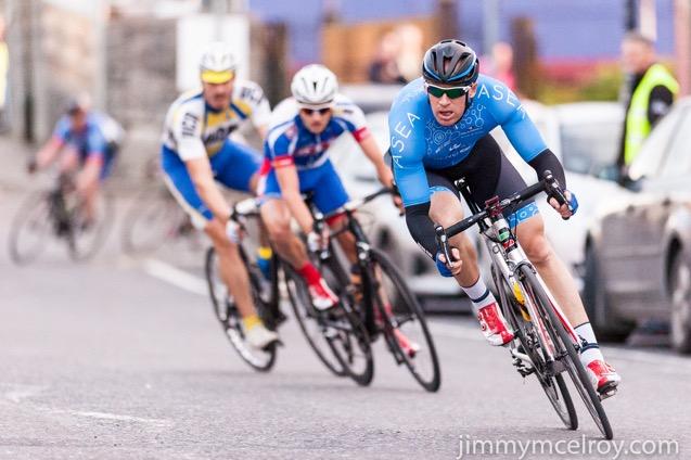 Neil Delehaye ASEA leads Mark Dowling DID Dunboyne WINNER