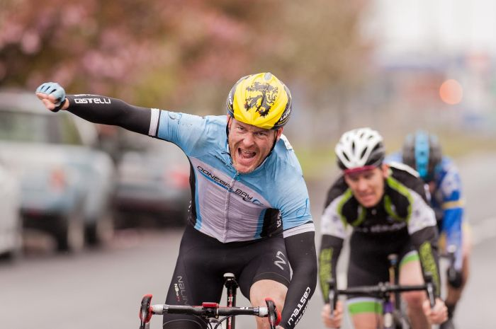 Paul Mc Carter winning stage 2